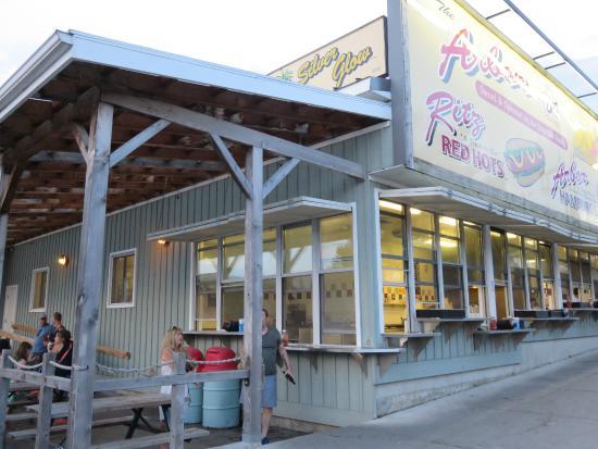 Arbor Restaurant: Window Counter Service