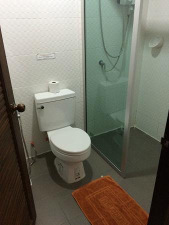 Lada Krabi Residence: Ванная