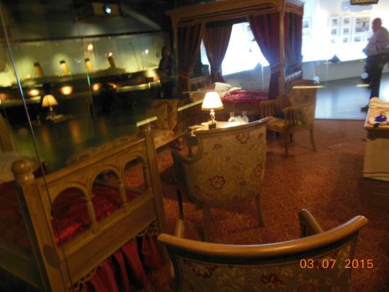 Het gebouw picture of titanic belfast museum belfast for Afbeeldingen interieur