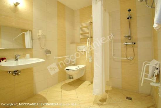 Gorski Hotel: Łazienka przystosowana dla osób niepełnosprawnych