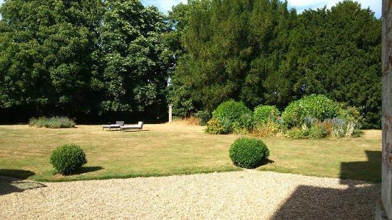 Bed & Breakfast Manoir de Notre-Dame : Vue sur le jardin