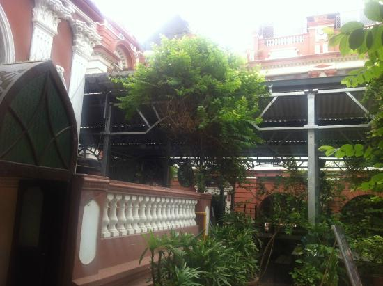 House Of Mangaldas Girdhardas: Green House restaurant (towards right hand side of the entrance)