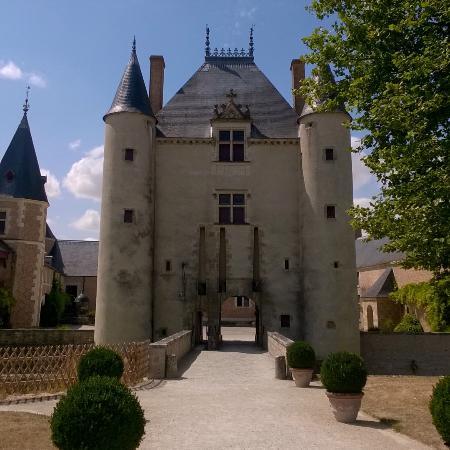 chteau de chamerolles devant - Chateau De Chamerolles Mariage