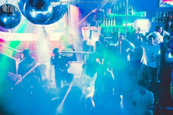 Ray Club