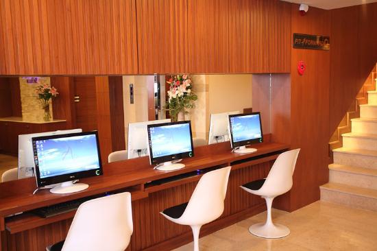 Amaranta Hotel: Business Center