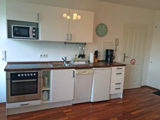 B! Apartments: Kitchen Elisabethkirchstr. 18,