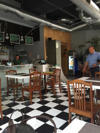 Yabloko Cafe
