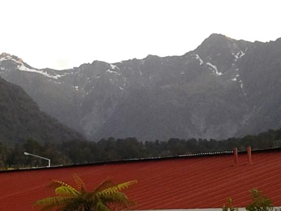 Heartland Hotel Fox Glacier: The view