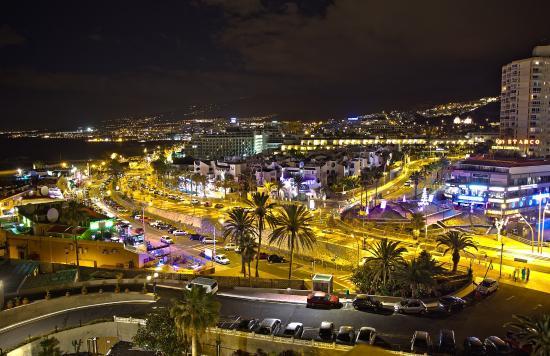 Sol Tenerife : Ночной вид из номера