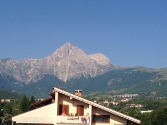 Residence La Piscina: la vista meravigliosa del sasso :-)