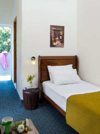Sun City Hotel : Single Room