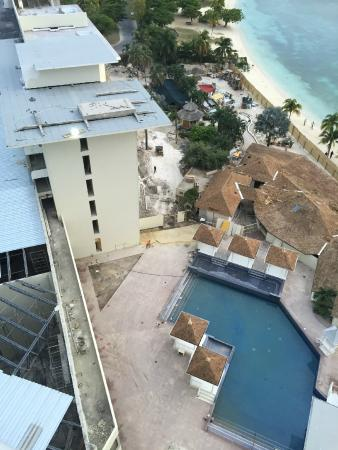 Active Construction of Restaurant and Rooms Presidentical Suites