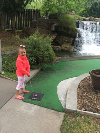 Johnson Park Miniature Golf: So Much Fun!
