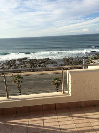 Premier Hotel Regent: вид с балкона на океан