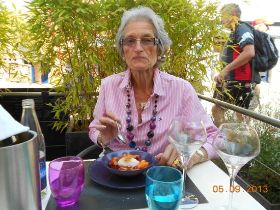 Sur le Pont: Dining on the small terrace