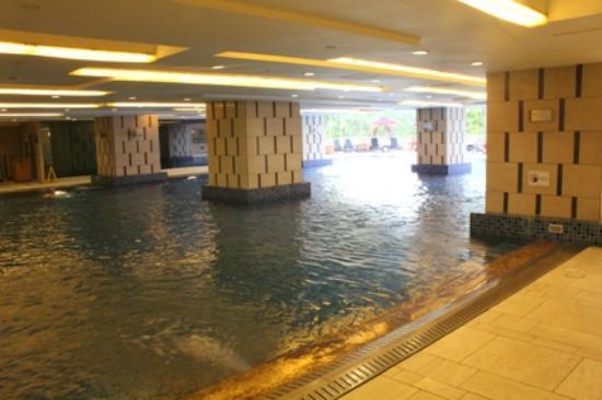 picture of royal park hotel hong kong. Black Bedroom Furniture Sets. Home Design Ideas