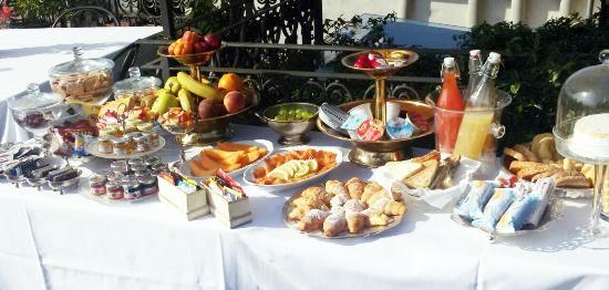 Santa Marta Suites: Breakfast in terrazza