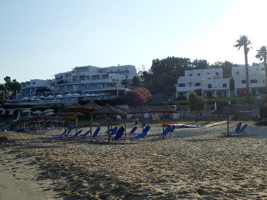 Nea Chryssi Akti, Grecia: Seaside view of St. George.