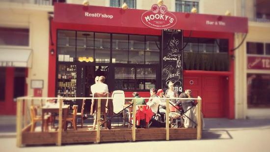 Mooky's