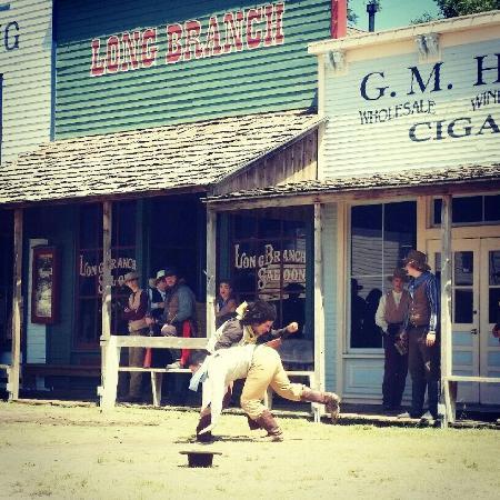 Dodge City, KS: Boot Hill Museum