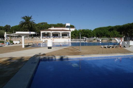 Camping Sandaya Cypsela Resort: Côté piscine