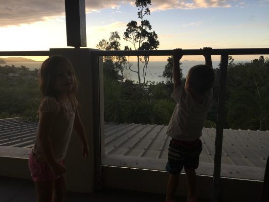 Whitsunday Reflections: Kids enjoying the view