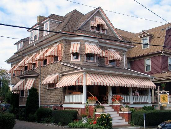 Saltwood house updated 2017 b b reviews price for Blue fish inn cape may