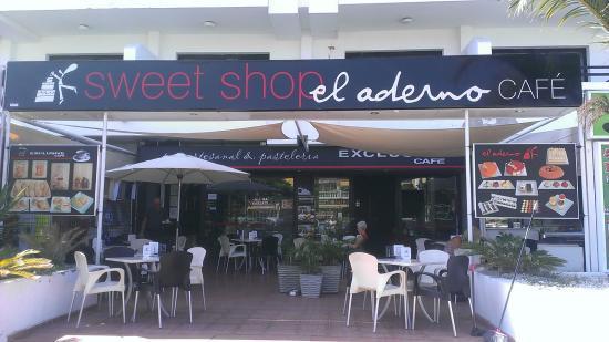 El Aderno Exclusive Café