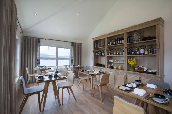 The Three Chimneys House Over-By: Breakfast in The House-Over-By overlooking Loch Dunvegan