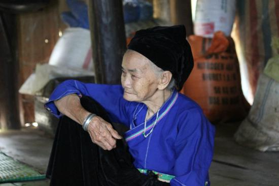 Lady of Nung ethnic in Xin Man, Ha Giang Trekking