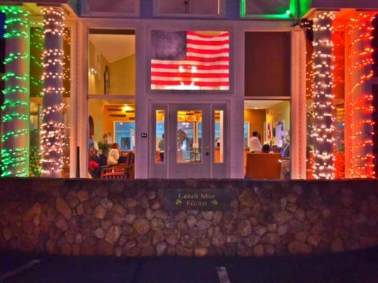 Cape Cod Irish Village: Santa Claus weekend at the Irish Village