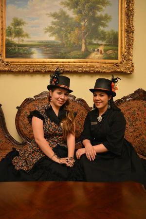 Sisters Grimm Ghost Tours San Antonio Tx