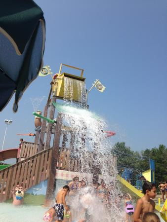 Caledonia, Висконсин: great water park fun