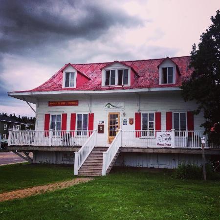 la maison price photo de auberge jeunesse de saguenay