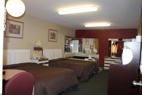 Liberty Inn: Double Queen Jacuzzi Room