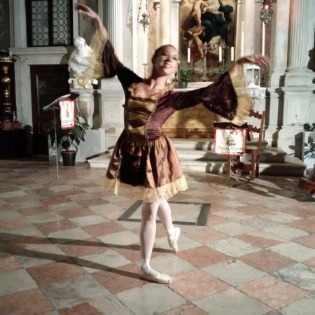 Scuola Grande dei Carmini: Ballet performance