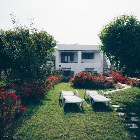 Naoussa Hills Boutique Resort : serene hotel