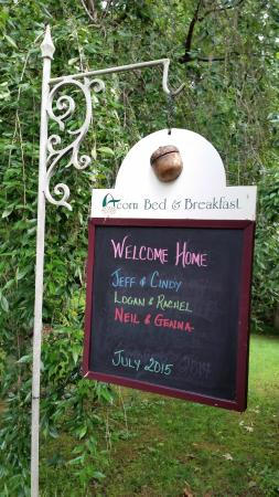 Acorn Bed and Breakfast at Mills River: Such a cute, fun welcome!