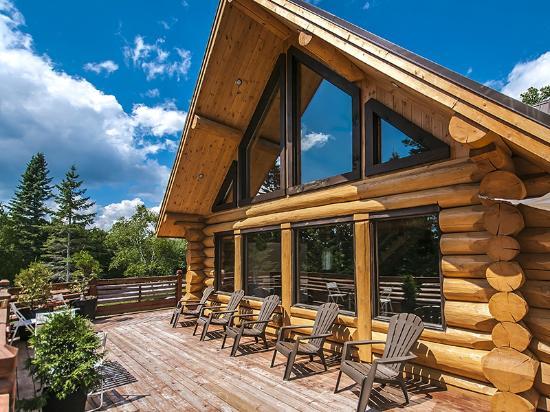 Le Domaine du Lac Saint Charles: terrasse