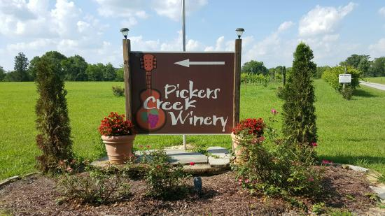 ‪Picker's Creek Winery‬