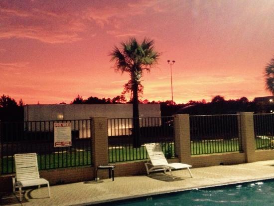 Americas Best Value Inn - Gulfport : photo0.jpg