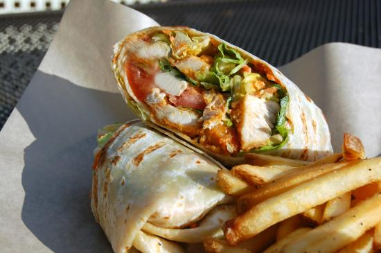 Harry Caray's Tavern on Navy Pier: Buffalo Chicken Wrap