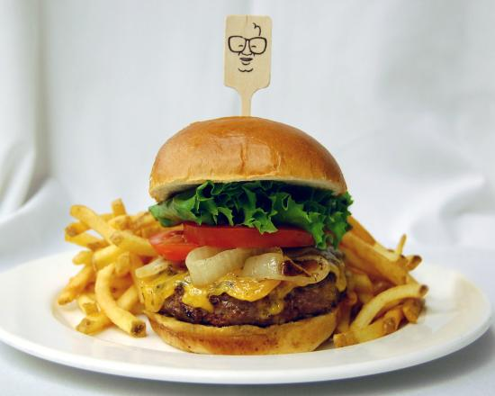 Harry Caray's Tavern on Navy Pier: Smokehouse Burger with Fries