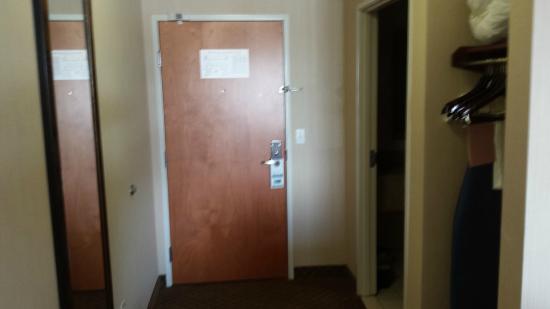 Bay City, MI: room entry door