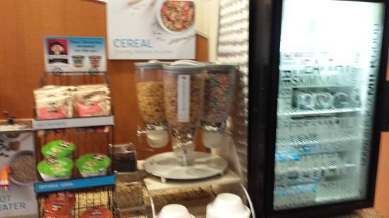 Bay City, MI: Cereal Dispenser