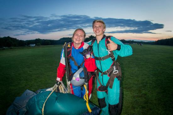 Sky's The Limit Skydiving Center: Sunset jump at STL!