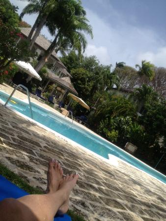 Lower Carlton, Barbados: relaxing by the pool