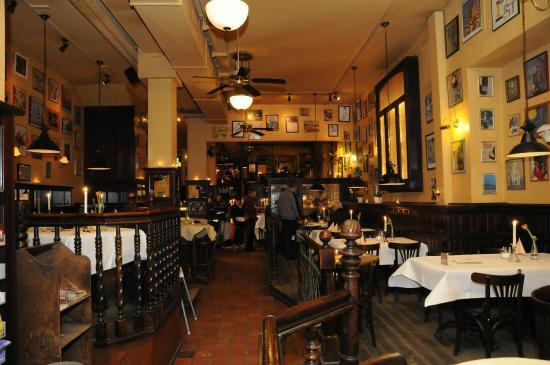 Cafe Central: Einblick in den vorderen Bereich