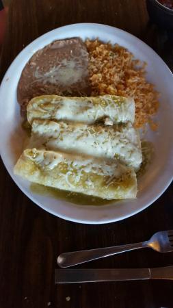 San Marco's : Enchiladas Verde