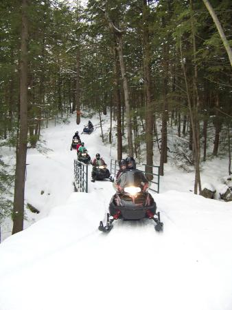 Warrensburg, NY: Guided snowmobile rides